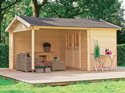 cabane de jardin en bois une cabane pour mon jardin d 233 coration