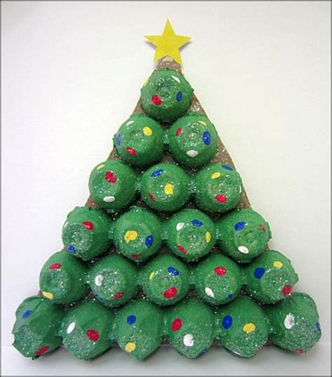 4h christmas tree from old egg carton projects for preschoolers