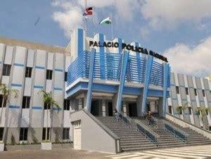 Ramen Cer Polijsten by Dominikanische Republik Oberster Polizeirat Empfiehlt