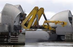 thames barrier video youtube thames barrier shuts for the first time in two years to