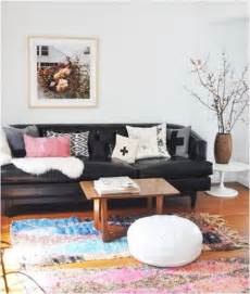 Decorating Around A Black Leather by Decorating Around A Leather Sofa Centsational