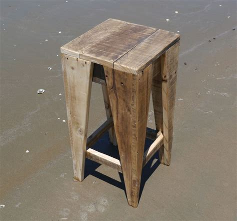pallet wooden stool plans recycled things