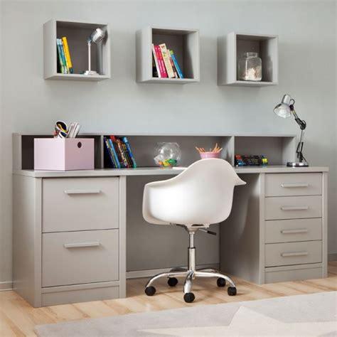 chambre enfant avec lit 224 tiroirs bureau et rangement