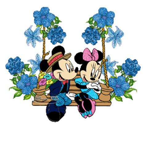 Balancoire Mickey by Sur La Balan 231 Oire Mickey Fait La Cour 224 Minnie