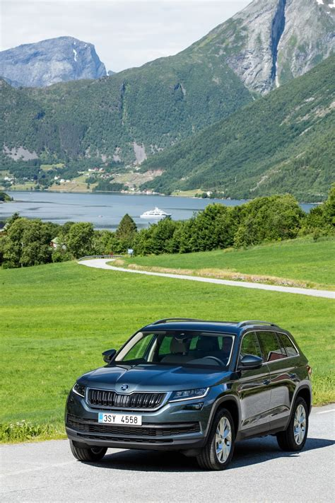 all new skoda kodiaq 7 seat suv comes with a choice of 5