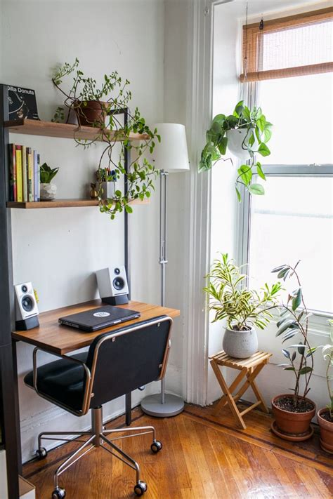 Small Plants For Office Desk 15 Nature Inspired Home Office Ideas For A Stress Free Work Space