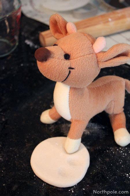 make play dough ornaments raymond a hoof print