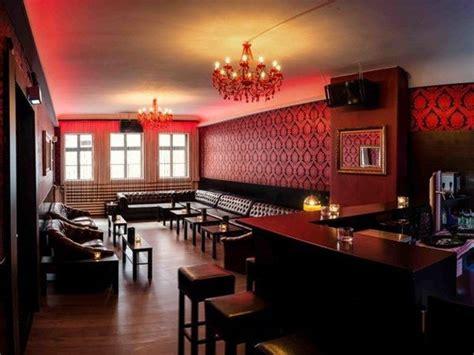 Decke Für Ledersofa by Exklusive Bar Lounge In Der Innenstadt In G 195 182 Ttingen