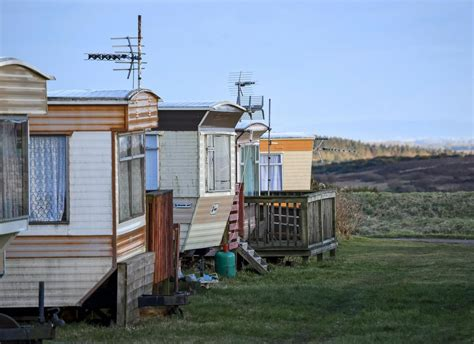 trailer houses in defense of mobile homes