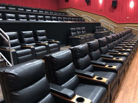 regal king size recliners recliner seats regal regal cinemas on twitter lights