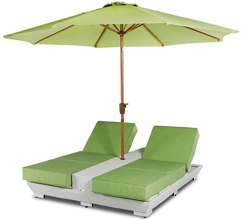 Outdoor Chair With Umbrella by Daytona Green Lounge Chairs With Umbrella Outdoor Patio