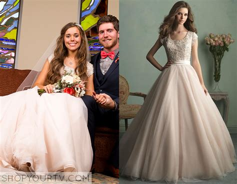 Jessa Duggar Wedding Ring Design by 19 And Counting Jessa S Wedding Dress Shop Your Tv