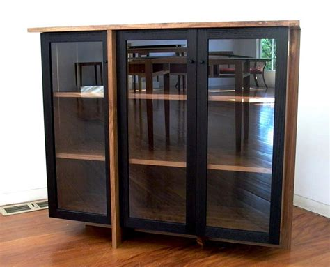 Do It Yourself Painting Kitchen Cabinets by Keep Your Glass Display Cabinet Clean