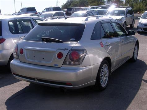 altezza car 2004 2004 toyota altezza photos 2 0 gasoline automatic for sale