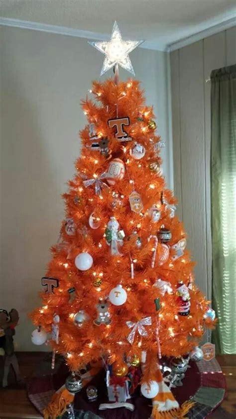 magnolia university of tn christmas tree ornaments tennessee volunteer tree tenn vols tree tennessee football