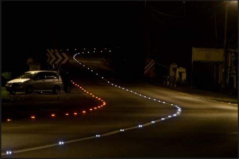 Road Led Light by Road Unveils Solar Powered Led Quot Cat Quot Cleantechnica