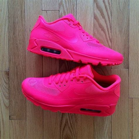 bright pink sneakers bright pink nike shoes nhs gateshead