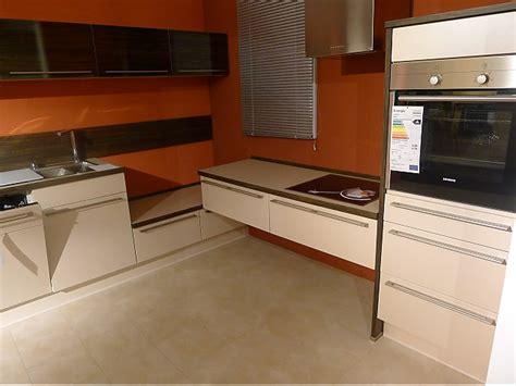 eck küchen günstig lackierte kommode neu streichen