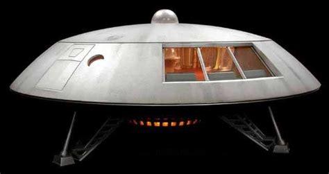 lost in space jupiter 2 model jupiter 2 lost in space sci fi spacecraft pinterest