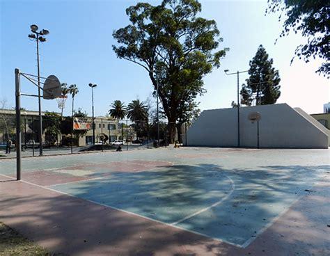 Drake Park Basketball Court(Photo) Long Beach California