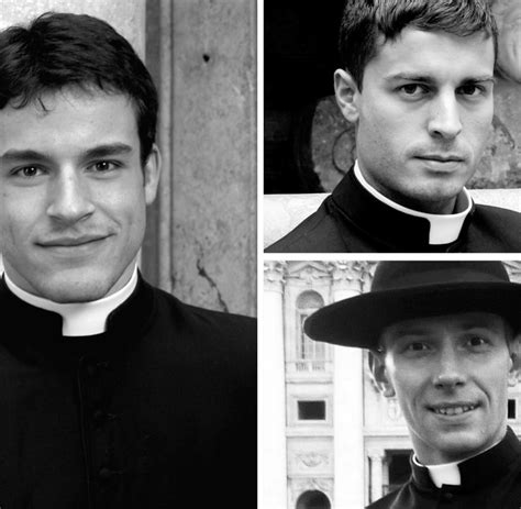 Calendario Romano 2018 Calendario Romano Die Sch 246 Nen Pin Up Priester Des Vatikan