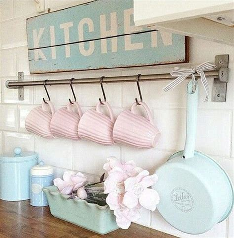 shabby chic kitchen accessories rinnovare casa in stile shabby chic