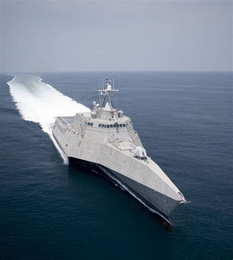 trimaran ship uss independence lcs 2 stealth trimaran wordlesstech
