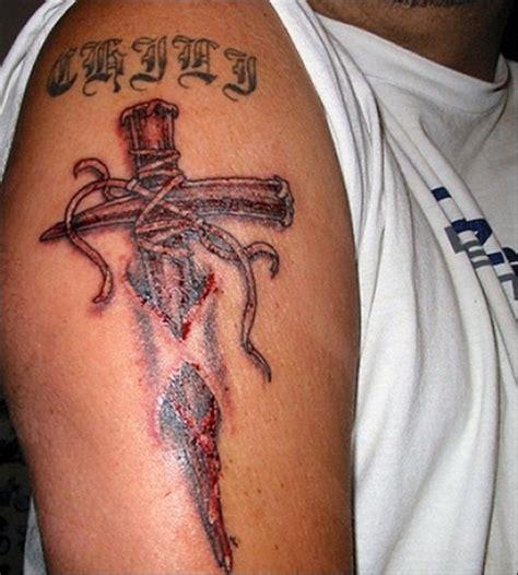 tattoo for boys 30 amazing cross tattoos for boys randomlynew
