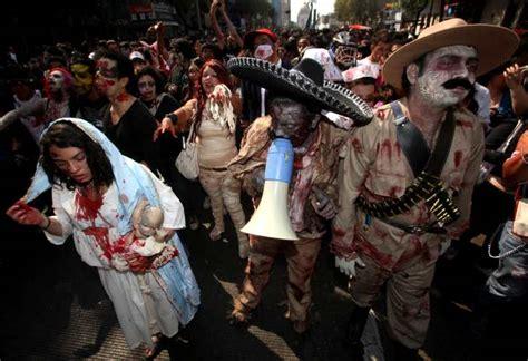 la marcha zombi 8499894046 el universal marcha de zombies llega a zcalo