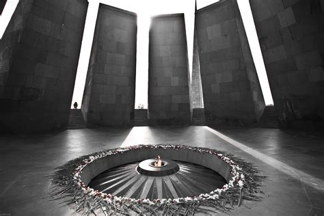 file dzidzernagapert eternal flame jpg wikimedia commons