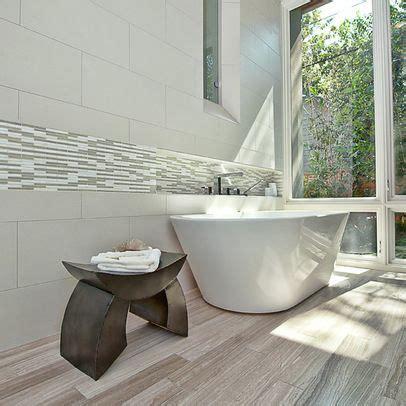 Badezimmer Fliesen Bekleben 68 by White Wash Wood Look Porcelain Tile Bathroom