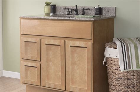Maple Bedroom Cabinets Park Avenue Shaker Honey Maple Bathroom Cabinets