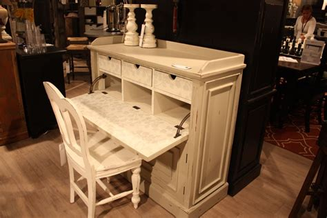 used shabby chic furniture the secrets distressed furniture and shabby chic decors