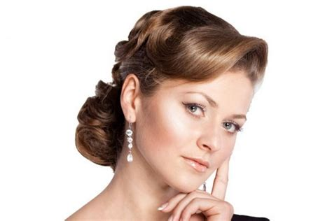 updos for medium length hair from the 1950 s 31 simple and easy 50s hairstyles with tutorials