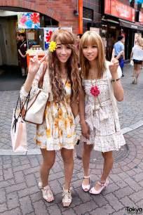 shibuya flower girls two pretty amp friendly shibuya girls