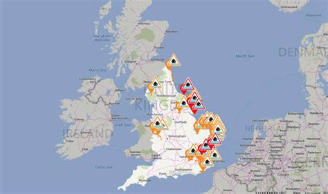 flood map uk environment agency uk weather flood warning as rains and tidal waves to