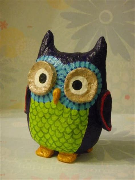 How To Make A Paper Mache Owl - 1000 ideas about owl balloons on balloon