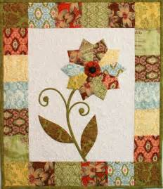 Free Flower Quilt Patterns by Free Pattern Quot Curio Flower Mini Quilt Quot From Erin Russek