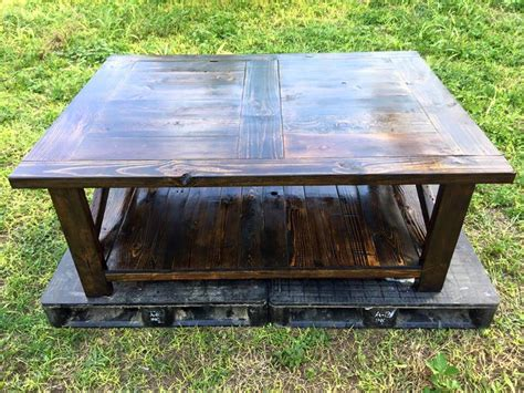 Rustic Pallet Coffee Table Diy Rustic Pallet Coffee Table With Cross Design At Sides