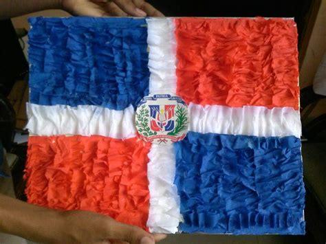 como hacer una bandera creativa como hacer una bandera en papel crepe bandera dominicana
