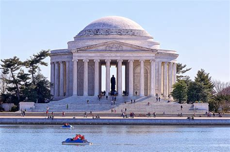 paddle boats dc best waterfront activities things to do in dc