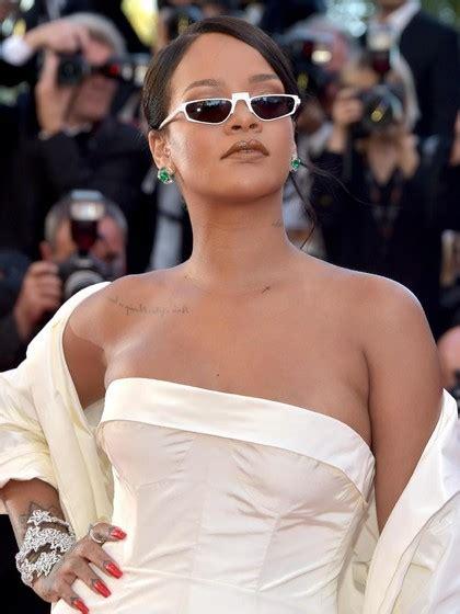 Harga By Rihanna rihanna meradang snapchat rugi rp 11 triliun