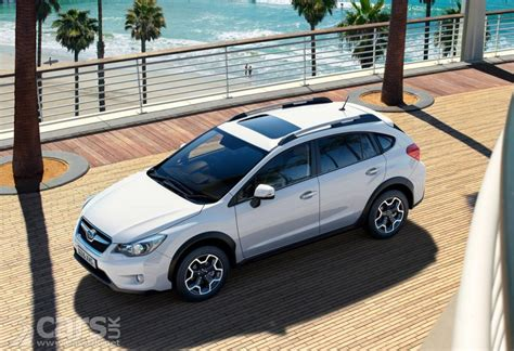 subaru crossover 2015 subaru xv crossover gets even more added refinement for