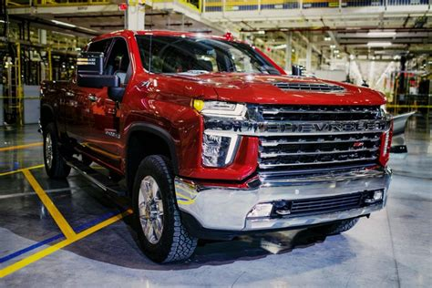 2020 Chevy 2500hd Duramax by Chevrolet Highlights Features Of New Silverado Hd Lineup