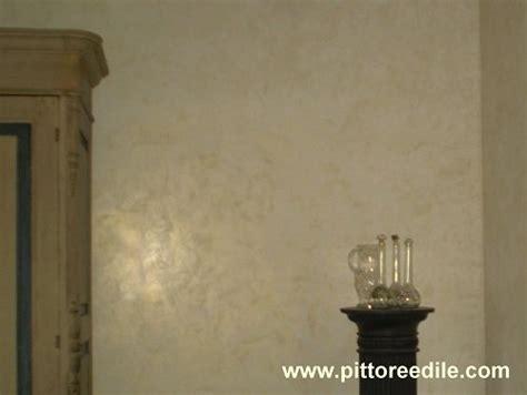 pittura veneziana per interni stucco spatolato veneziano riflessi oro effetto oro