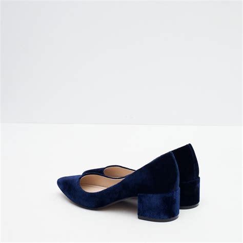 light blue block heels zara block heel velvet shoes in blue lyst