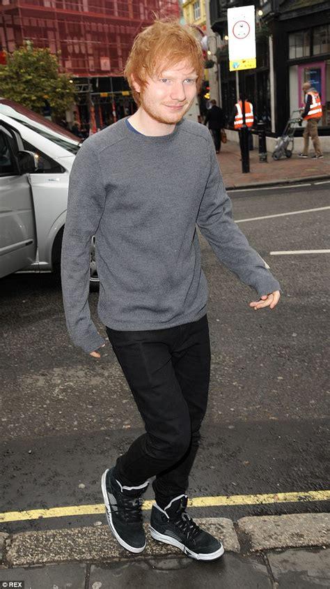 ed sheeran ripped jeans ellie goulding arrives at royal variety rehearsal along
