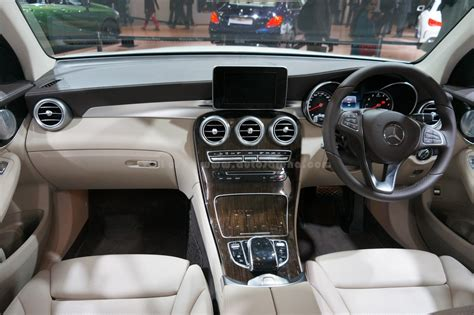 Mercedes Jeep Interior by Mercedes To Launch Glc Suv On 2nd June