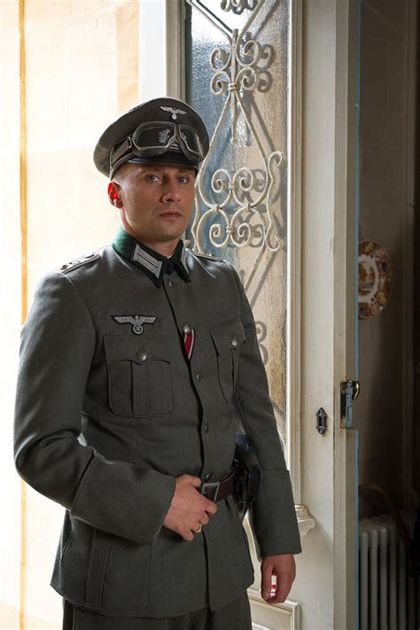 matthias schoenaerts la suite francaise watch international trailer tv spot and new pics for