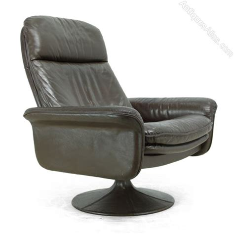 leather swivel chair antiques atlas leather swivel chair by de sede c1970